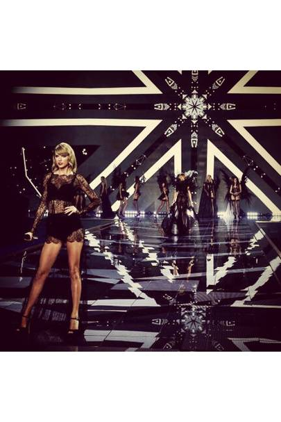 """Taylor Swift posts an image captioned """"Tuesday was totally casual."""""""