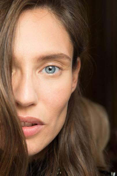 Favorite Eye Makeup Brushes And Tools: Best Eye Cream 2019 - Eye Cream Reviews