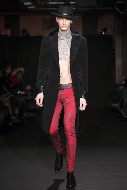 8a684aeab5a Sir Tom Baker Autumn Winter 2016 Menswear show report