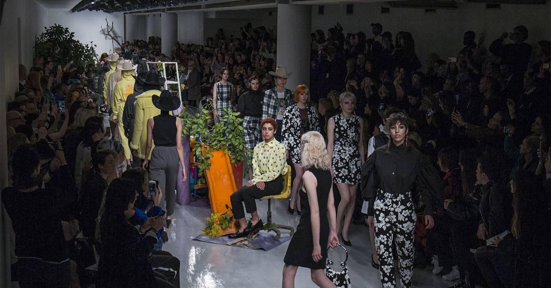What Do Fashion Buyers Do At Fashion Week?
