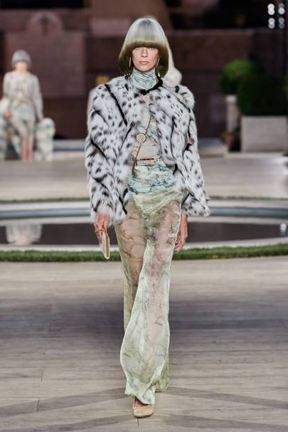 Fendi Autumn/Winter 2019 Couture show report | British Vogue