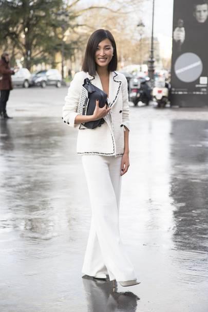 Nicole Warne, blogger