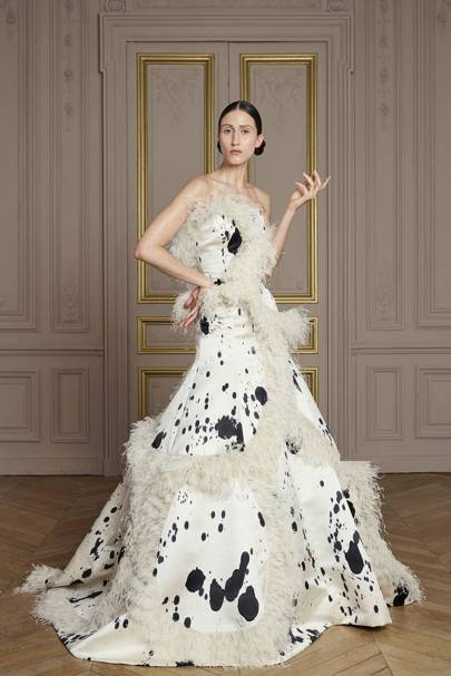Pippa middleton wedding dress giles deacon british vogue for Giles deacon wedding dresses