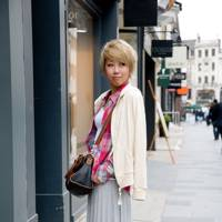 Miku Iwahashi, hairdresser