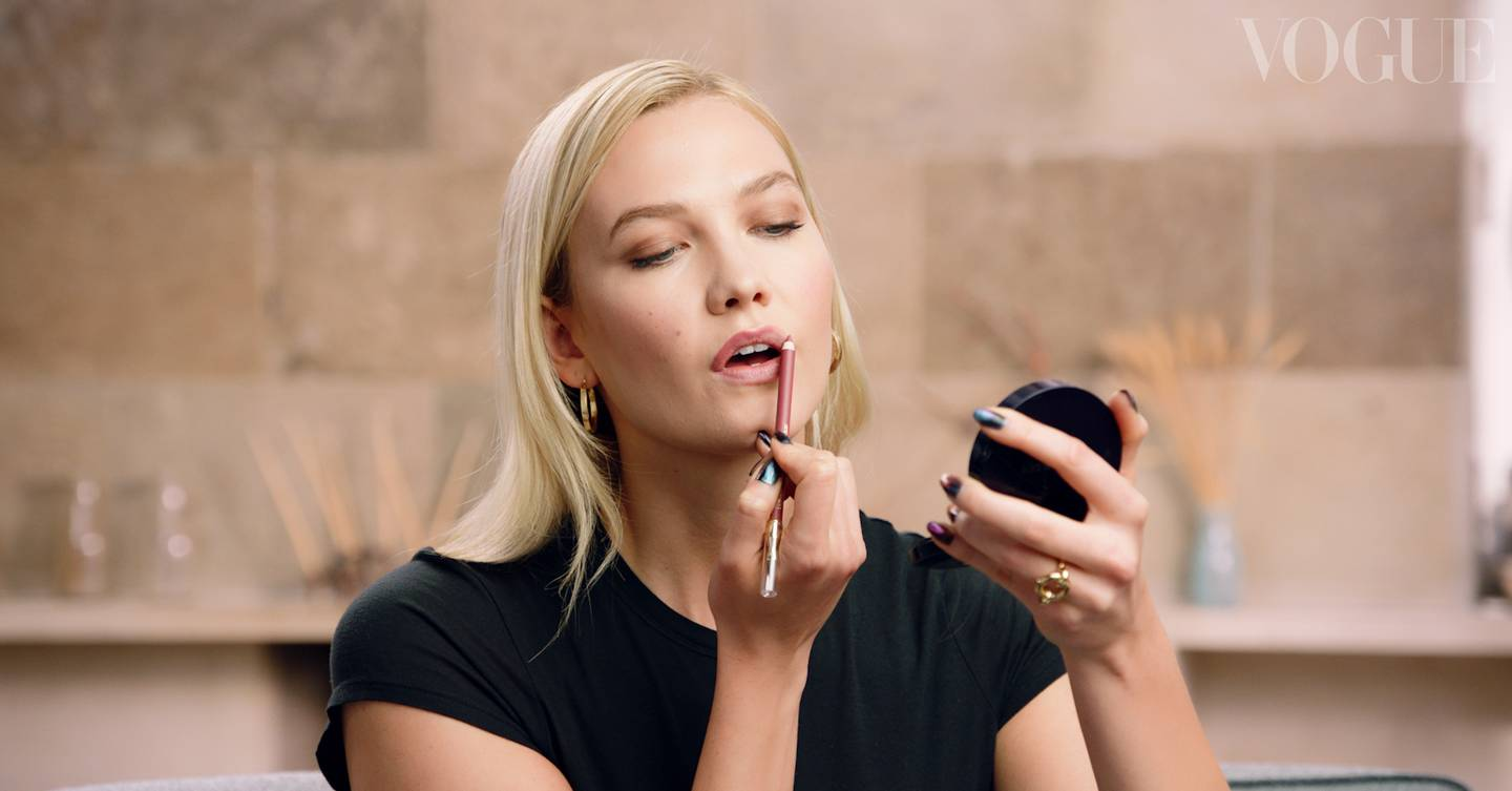 Karlie Kloss's Day To Night Make-up