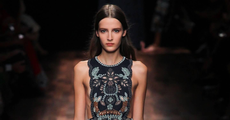Vogue Springsummer Ready Valentino To 2015 ReportBritish Wear Show bg7yIYf6v