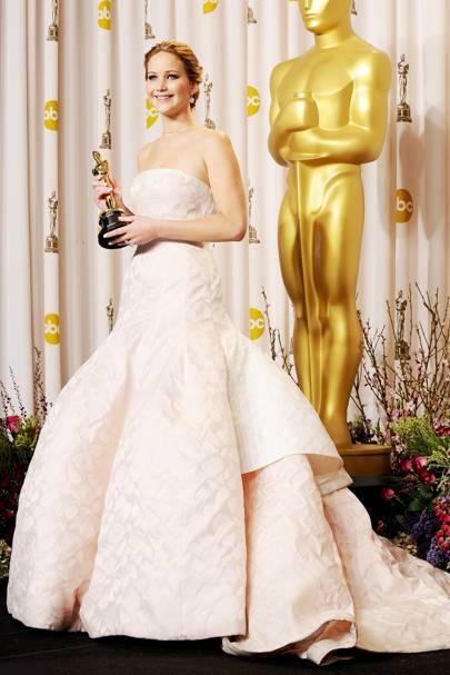 Jennifer lawrence oscars dress interview summer