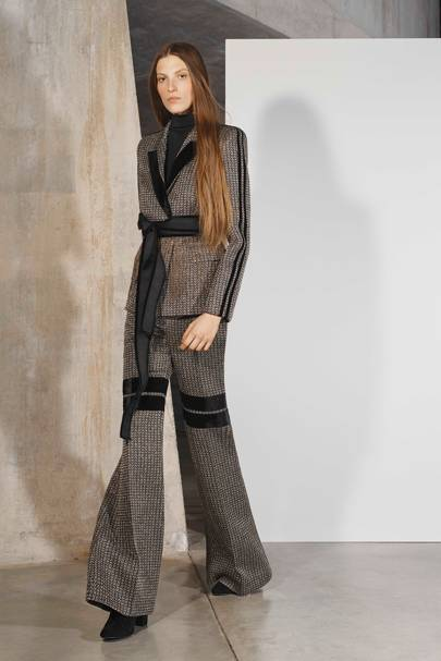 9715af6bf413 Amanda Wakeley Autumn Winter 2019 Ready-To-Wear show report ...