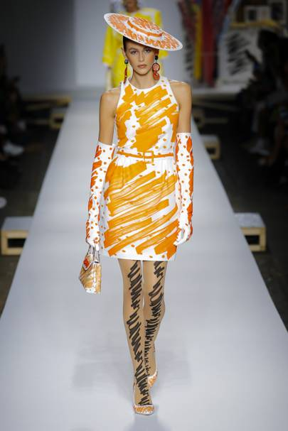 Moschino Spring Summer 2019 Ready-To-Wear show report  5b1fc88c4b5