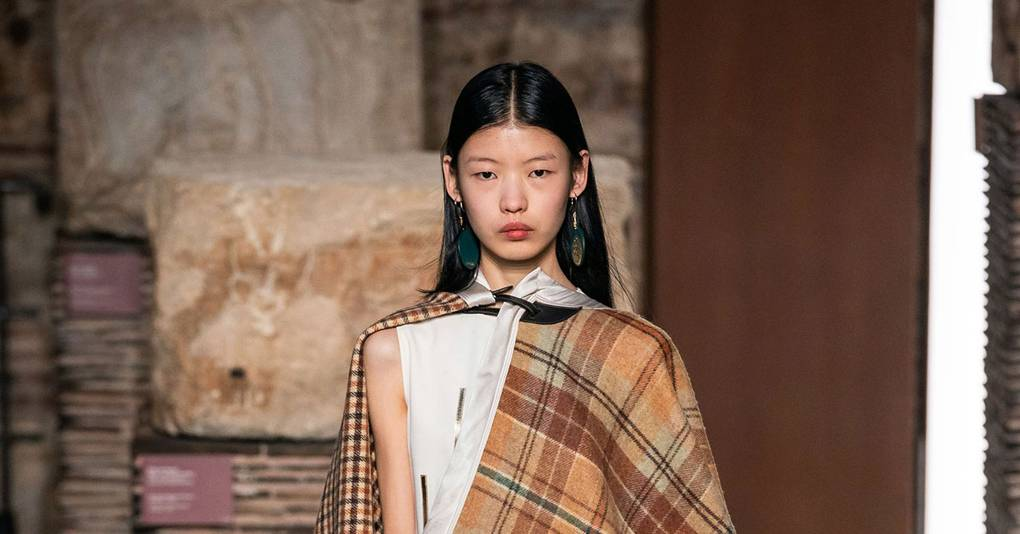 The Blanket Is the New Zero-Fuss And Super Cosy way to Cover-Up For 2019