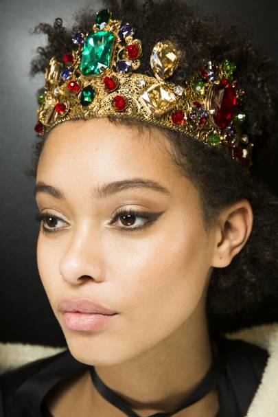 The Best Party Beauty Looks From The Catwalk