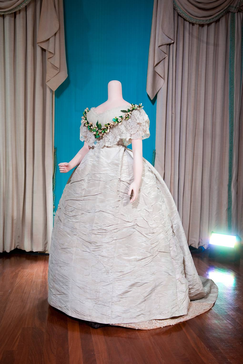 Royal wedding dresses from history - Queen Victoria, Princess ...
