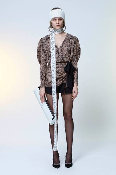 Alessandra Rich Autumn Winter 2018 Ready-To-Wear show report ... a0fecf33c85