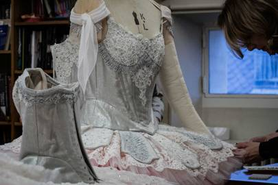 Applying Swarovski crystals to the lace by Maison Hallette for Lacroix's costumes for [i]A Midsummer Night's Dream[/i]