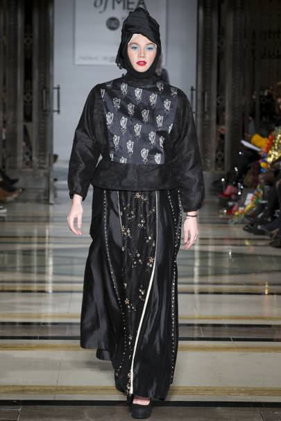 f165491dc73315 House of MEA - Indonesia Modest Autumn/Winter 2018 Ready-To-Wear ...