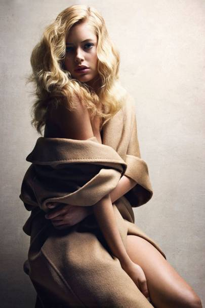 Doutzen Kroes - Vogue December 2009