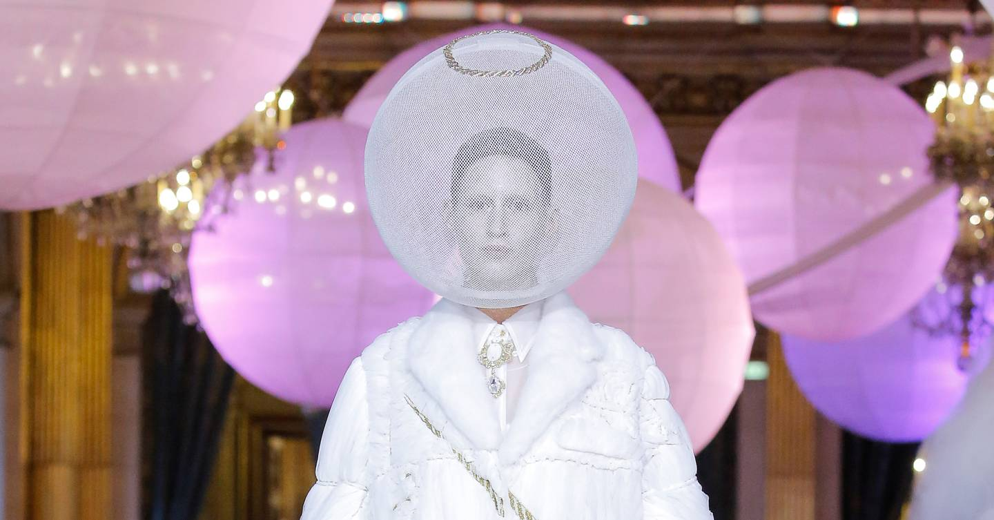 Thom Browne Spring Summer 2018 Ready To Wear Show Report British Vogue Catriona Layla Top Handle Bag Pink