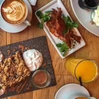 8am: A Berliner's Breakfast