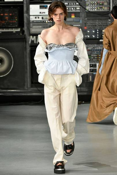 6. The look at Maison Margiela MM6