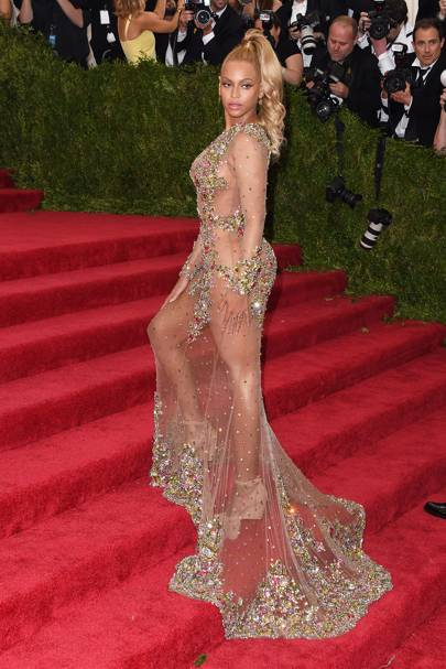 Beyoncé at the Met Gala, 2015