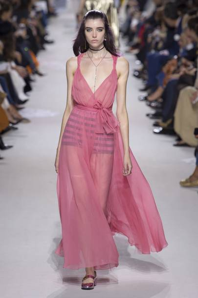 Delve into the details of ss18 christian dior paris for Dior couture dress price