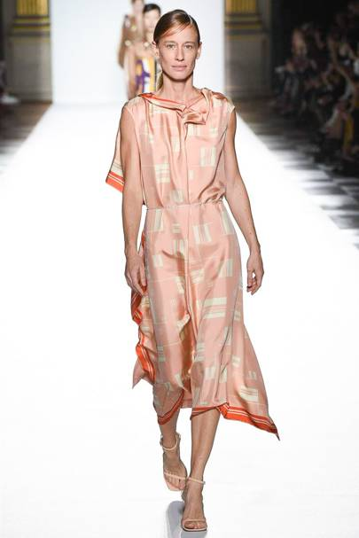 a579415f08 Dries Van Noten Spring Summer 2018 Ready-To-Wear show report ...