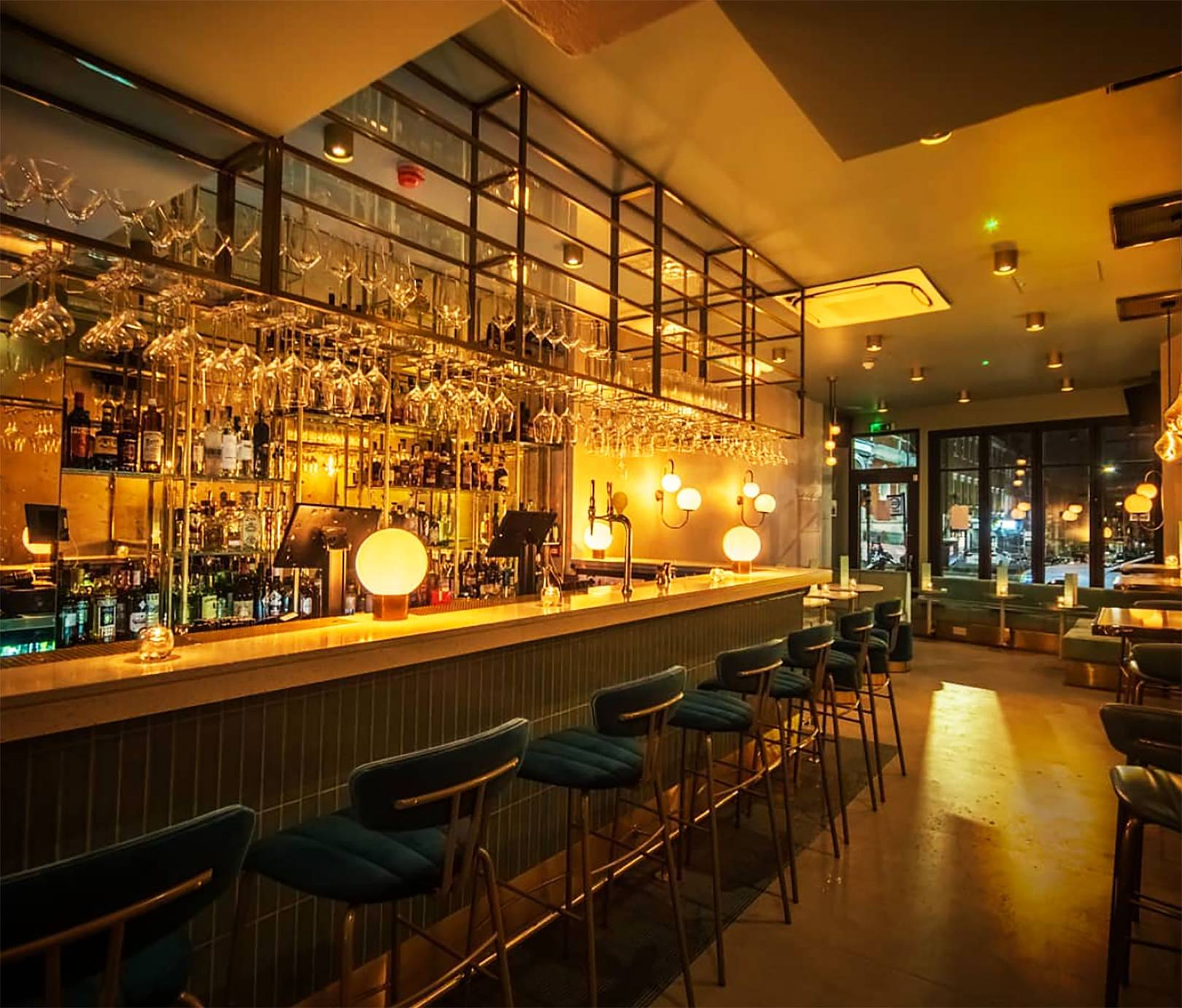 cocktail bar deals london