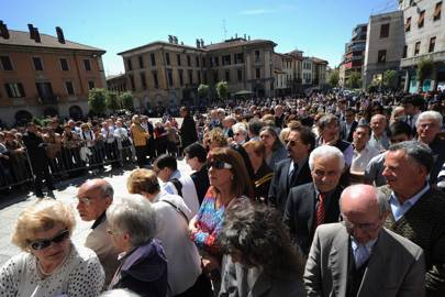 Crowds outside Gallarate's Basilica