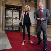 An Homage To Eighties Blazers