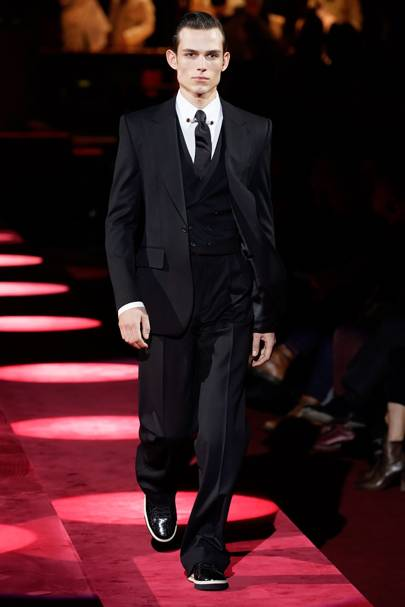 Dolce   Gabbana Autumn Winter 2019 Menswear show report   British Vogue 2181d28a54b7