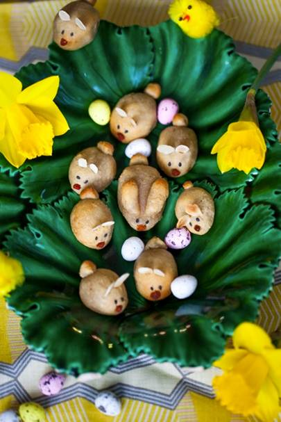 Marzipan Easter Bunnies