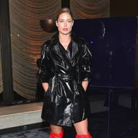 Stuart Weitzman Celebrates Giovanni Morelli's Debut Collection, New York – February 8 2018