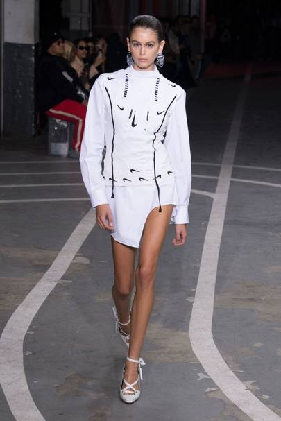 8d0b1f4c582ec Off-White Spring/Summer 2019 Ready-To-Wear show report | British Vogue