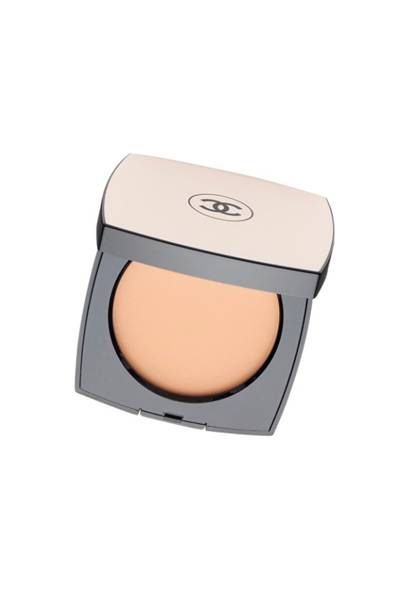 Chanel Les Beiges Healthy Sheer Glow Powder, £39