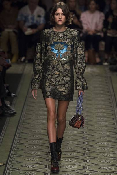 9006ca089923 Burberry Autumn Winter 2016 Ready-To-Wear show report