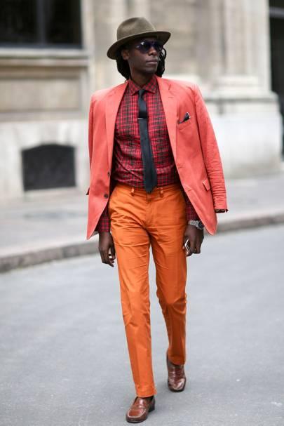 Colour: tangerine