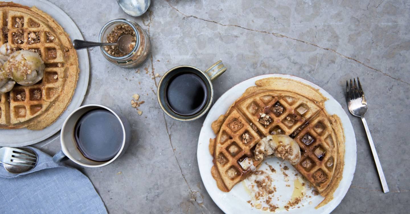 Recipe: Banana And Peanut Butter Waffles