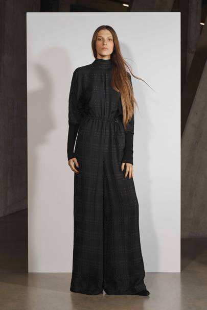 3bed7219ad55 Amanda Wakeley Spring Summer 2018 Ready-To-Wear show report ...