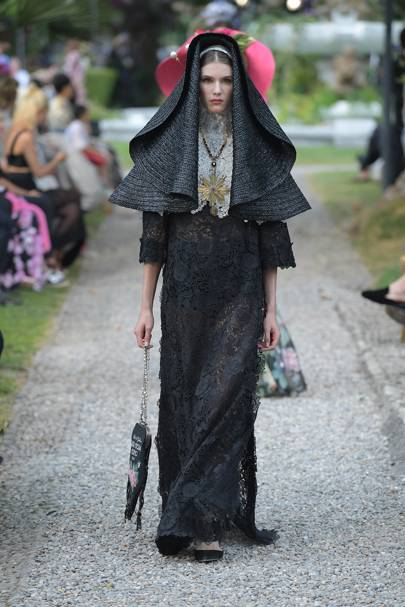 53112252b7 Givenchy Autumn Winter 2018 Couture show report