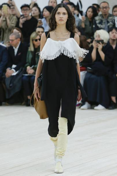 Celine Spring Summer 2017 Ready-To-Wear show report  bc4767a5b6691