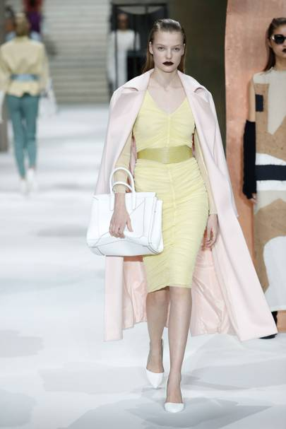 eac8fd8c5b1 Max Mara Autumn Winter 2017 Ready-To-Wear show report