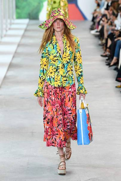 a871351bf5 Michael Kors Collection Spring Summer 2019 Ready-To-Wear show report ...