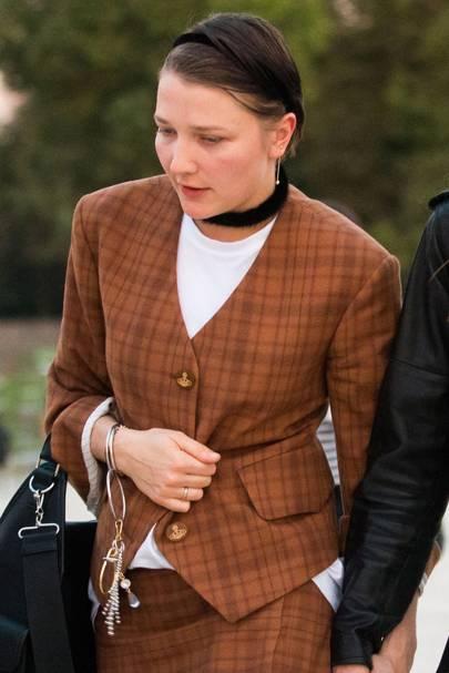 Lotta Volkova, 32