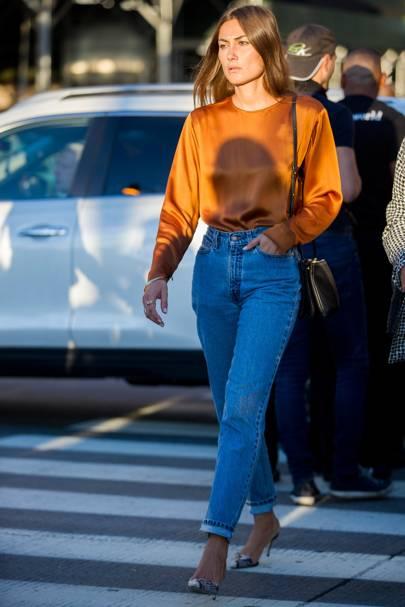 11f812f15e848 Skinny Jeans Are No More: Vogue Champions The Stiff Denim Trend ...