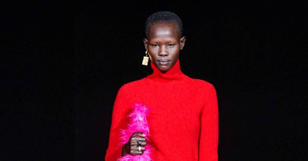 54e87b6654db26 Balenciaga Autumn/Winter 2019 Ready-To-Wear show report | British Vogue