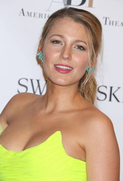 8a8d0ce118bf Blake Lively Hairstyles   Beauty