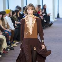 Throw-On Chic From Chloé