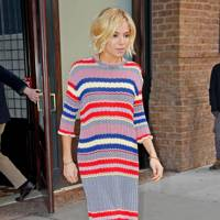 A knitted dress for the Tonight Show, January 13 2015