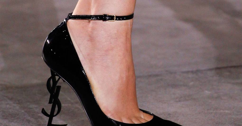fe9144df391c Vogue s Ultimate Spring Summer 2017 Shoes Trend Guide