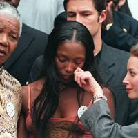 Naomi Campbell and Christy Turlington with Nelson Mandela